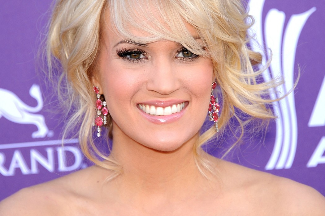 Carrie underwood makeup