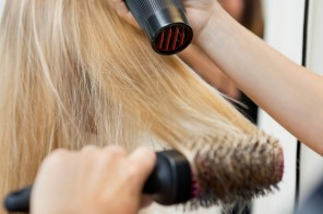 How to Know if a Hair Stylist is Good or Not?