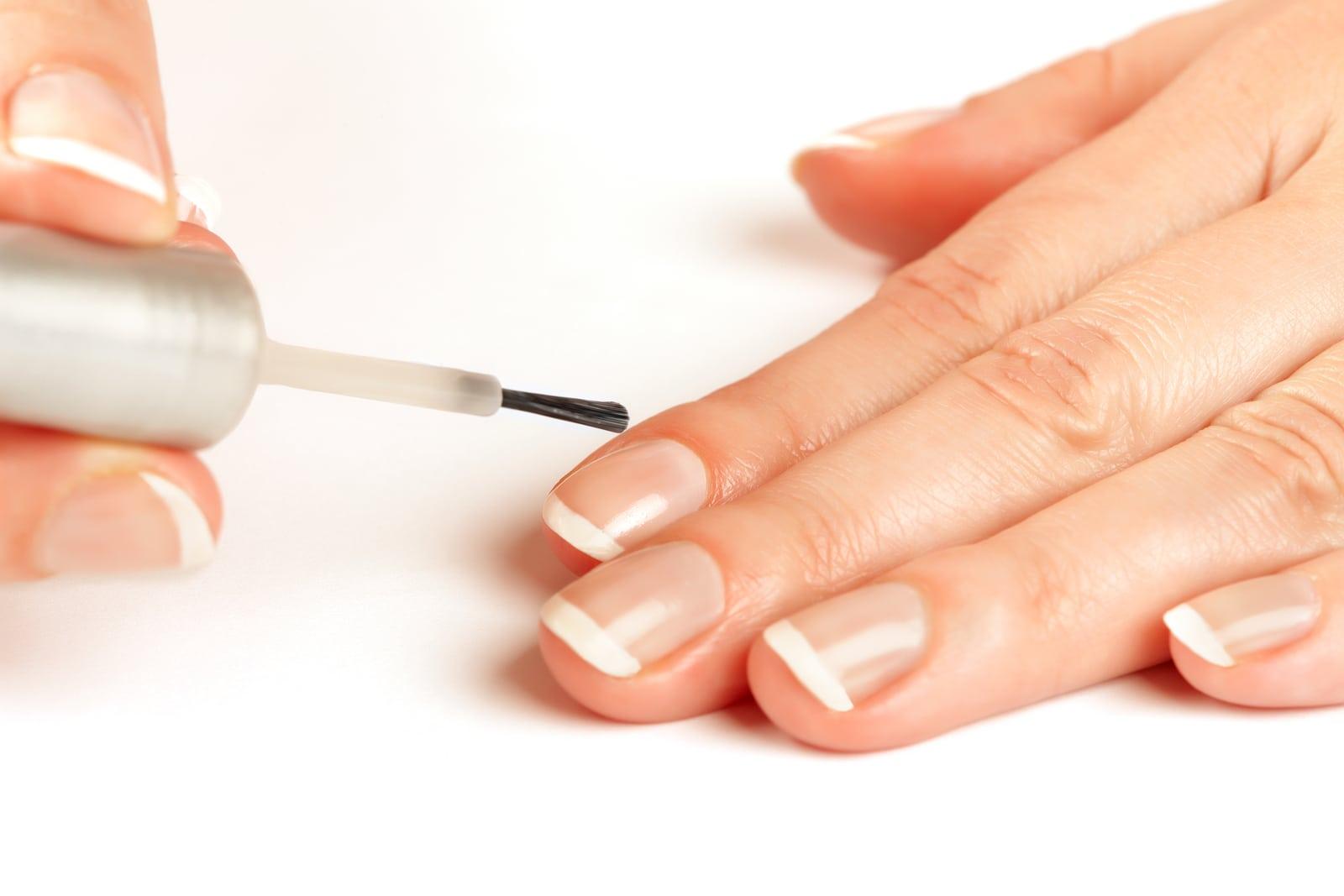 How to Apply Nail Polish
